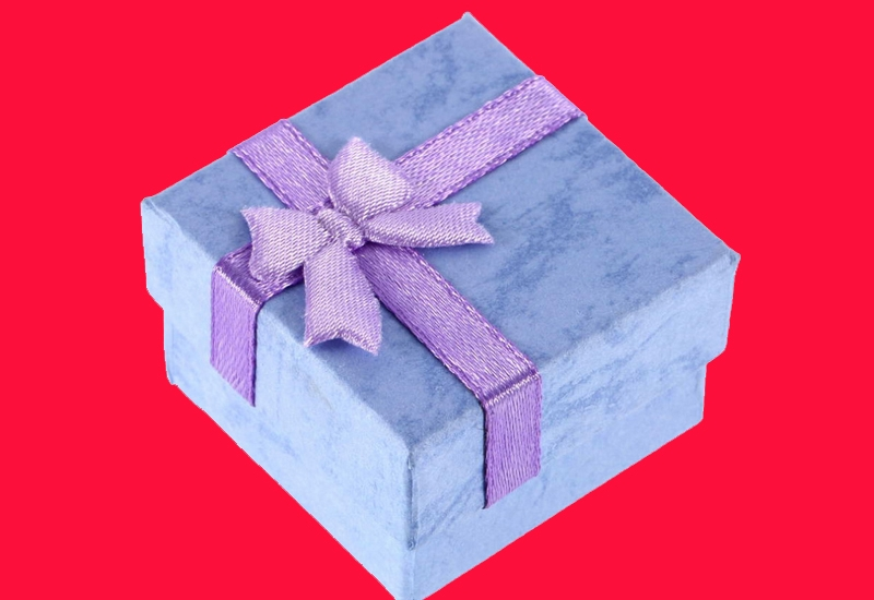 1 gift blue actual closed1